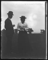 Unidentified man and woman talking, Lohbauer Park, Throggs Neck, Pelham Bay, Bronx, N.Y., 1898.