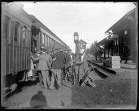 Boarding a train at Queens, coming to / from Creedmoor Rifle Range, Queens Village, Queens, N.Y., 1899.