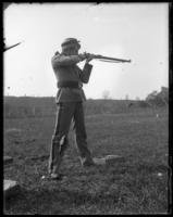 Unidentified 7th Regiment guardsman firing from the shoulder, Creedmoor Rifle Range, Queens Village, Queens, N.Y., May 11, 1901.