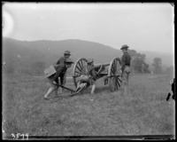 Sighting a 2nd Battalion gun, State Camp (Camp Smith), Peekskill, N.Y., September 5-7, 1903.