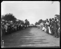 Boys' race, Orchard Beach, Bronx, N.Y., 1907.