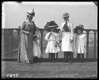 Unidentified women and girls on the High Bridge, New York City, N. Y., undated [c. 1900].