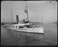 Patrol boat, New York City, June 1904.