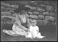 Estelle Thornton and infant, New York City, August 26, 1917.