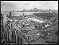 Pier 18, Joralemon Street, Brooklyn, July 6, 1916. Photographed for the Robbins-Ripley Company.
