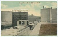 Barge Canal Lock, Palmyra, New York [front caption] (1front) [b0035ac1]