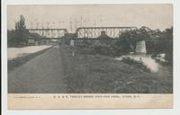 R. S. & E. TROLLEY BRIDGE OVER ERIE CANAL, LYONS, N.Y.  [front caption] (1 front) [e0695ac1]