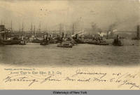 Tugs in East River, N.Y. City [front caption] (1 front) [h0025ac1]
