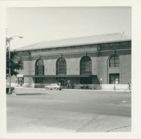 Front of White Plains Train Station prior to demolition