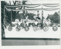 13 Colonies Float in 1933 Parade